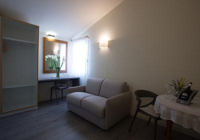 junior-suite-family-room-3